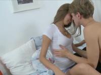 Нежный секс с белокурой девкой