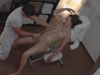 Возбудилась от приятного массажа