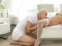 Изысканный секс светловолосой парочки
